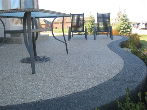 patio in set exposed aggregate traditional color inset with black
