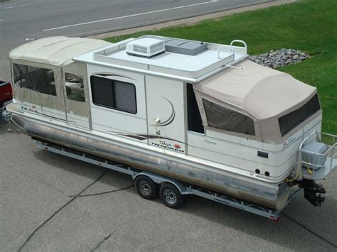 Pontoon Boats With Cabins For Sale by Pontoon Boats With Cabins The Canvas Craft Guarantee