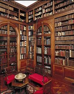 Beautiful Private Library | Home Decor & Interior/ Exterior