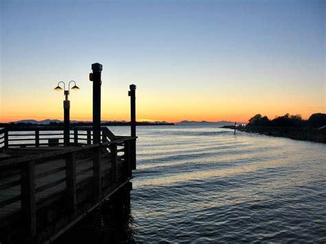 richmond bc vancouver sunset fraser river tips travel steveston