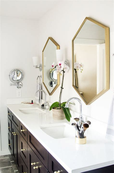 master bathroom    bathroom mirror