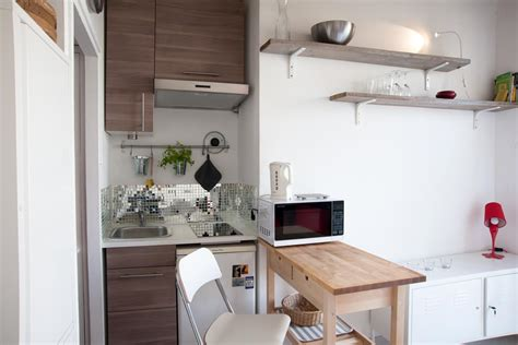 cuisine equiper comment equiper une cuisine maison design bahbe com