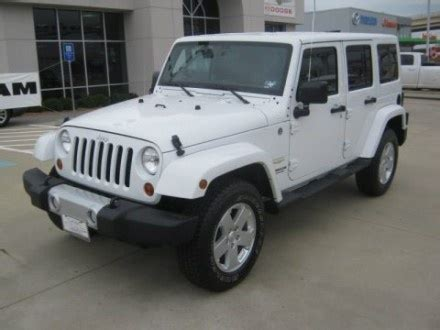 jeep bronco white 188 best images about broncos jeeps and scouts on