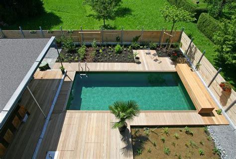 schwimmteich oder pool biopool und schwimmteich wasser im garten bauen und wohnen in der schweiz