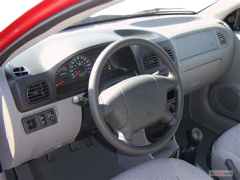 image  kia rio  door wagon cinco manual dashboard