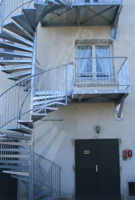 escalier de secours erp escalier secours normes 28 images jomy normes d acc 232 s technique nf e85 015 louhans un