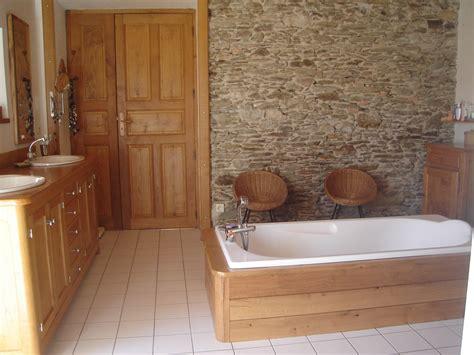 chambre deco bois deco salle de bain bois et blanc