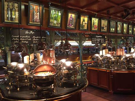 Les Grands Buffets  Restaurant, Rondpoint Liberté 11100