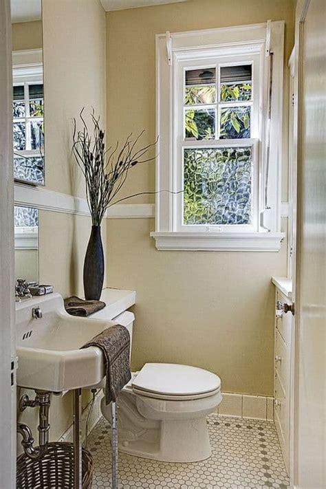 ideal height   chair rail wearefound home design