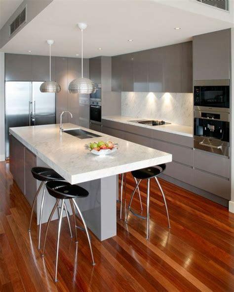 plan de travail cuisine béton ciré la cuisine équipée avec ilot central 66 idées en photos