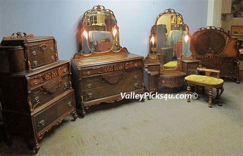 antique vanity dresser set antique bedroom set lighted mirrors bed vanity highchest