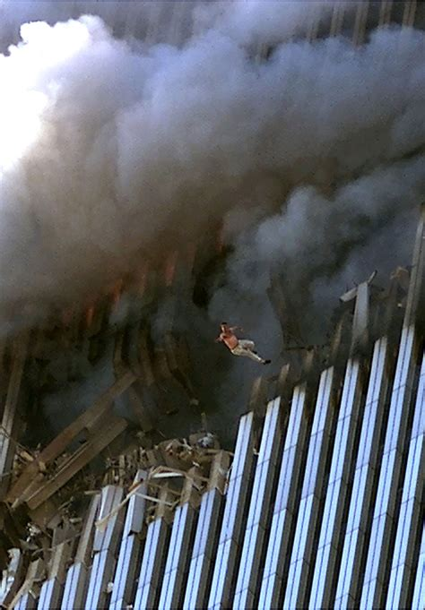 September 11 2001 Photos 911 Jumpers Remembering The
