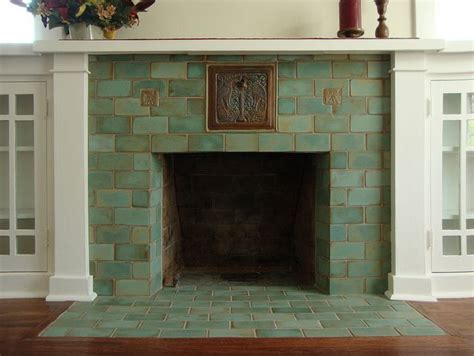 Batchelder Tile Fireplace Surround by 25 Best Ideas About Craftsman Fireplace On