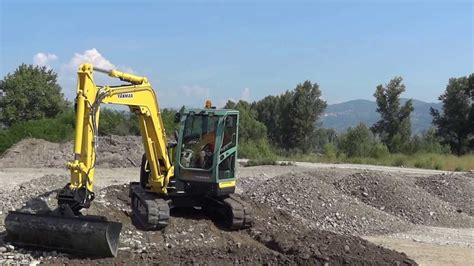 midi excavator yanmar vio    ton bucket  blade levelling youtube