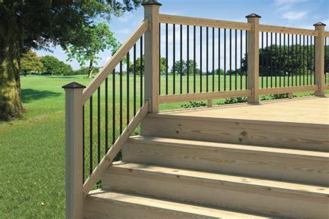 Barandas Lightning Rail para terrazas de madera Constru