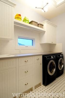 kitchens with backsplash 218 best images about laundry in the garage on 3573