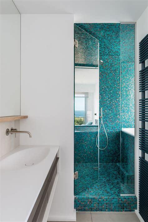 chambre noir et turquoise les 25 meilleures idées de la catégorie salle de bains