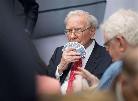 Warren Buffet grabs $295m from DaVita-UnitedHealthcare ...