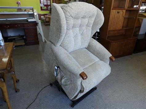 Sherbourne Electric Mobility Armchair/ Rise & Recliner