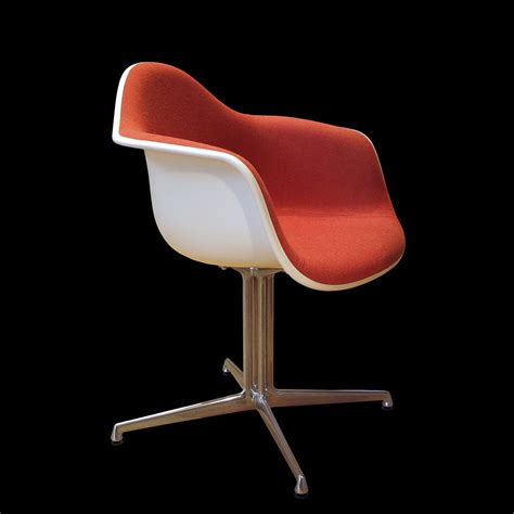 chaise de bureau eames eames fiberglass armchair