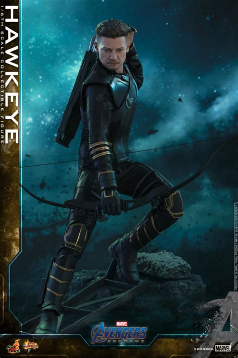 Hot Toys Unveils Its Hawkeye Avengers Endgame Collectible