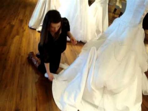 bustle on wedding dress how to pin up a bridal