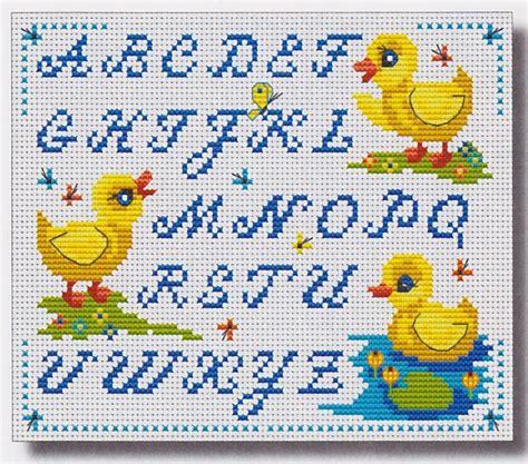 modele lettre point de croix gratuit mod 232 le lettre broderie point de croix