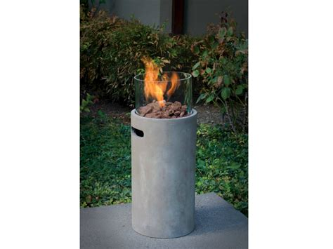This Gas Fire Pit Adds An Elegant Warmth to Any Outdoor