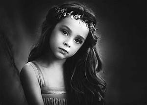 White And Black : fine art film black and white photoshop action by lisa hollowaylas vegas family photographer ~ Medecine-chirurgie-esthetiques.com Avis de Voitures