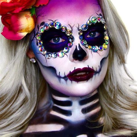 maquillage squelette femme mexicain