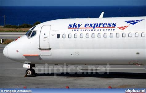 express küchen sky airpics net sx bpp mcdonnell douglas md 83 sky express greece medium size
