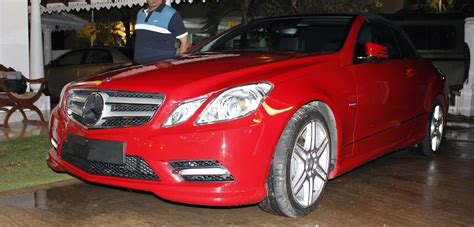 Check out mileage, colors, interiors, specifications & features. WH00170 MERCEDES BENZ E200 2012   WIN HOLDINGS, Sri Lanka