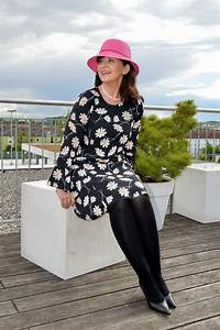 Styling Tipps 2017 : 7 styling tipps wie du mit blumenprints eine gute figur machst martina berg lady 50plus ~ Frokenaadalensverden.com Haus und Dekorationen