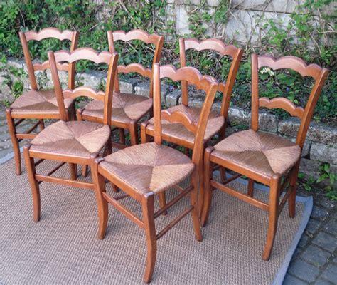chaises paillées série de 6 belles chaises paillées anciennes en merisier