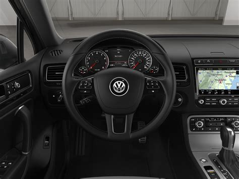 volkswagen touareg  interior hd wallpaper cabin view