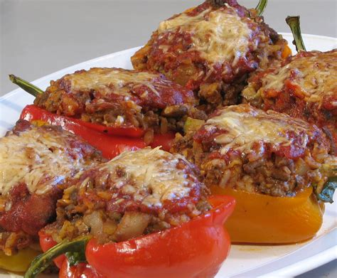 stuffed bell peppers 15 fast and easy stuffed bell peppers recipes recipelion com