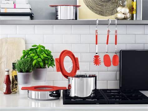 accessoires de cuisine originaux des ustensiles astucieux pour cuisiner malin maisonapart