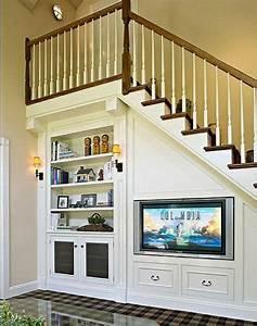 quel meuble sous escalier choisir archzinefr With marvelous meuble pour petite cuisine 12 les meubles sous pente solutions creatives archzine fr
