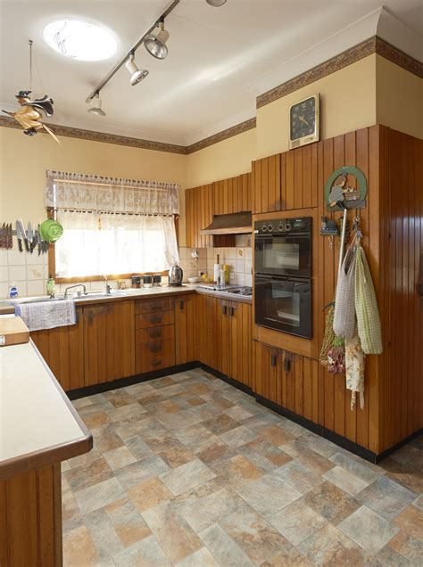 secrets  budget kitchen renovating homes  love