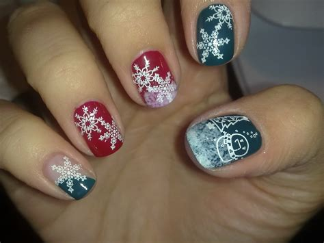 Nail Design : Christmas Nail Art Designs