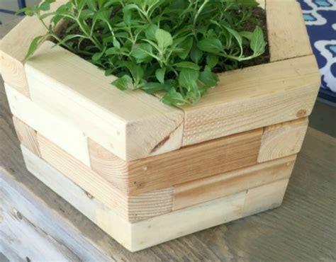 remodelaholic    build   wood boards