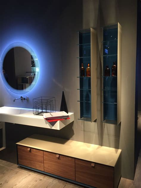 backlit mirrors  focal points   modern bathrooms