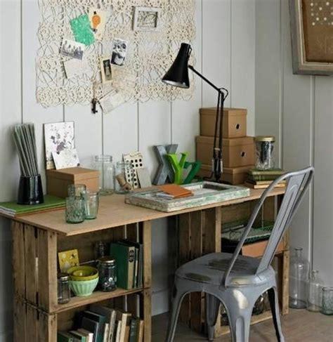 fabriquer bureau en palette bureau en palette modèles diy et tutoriel pour le