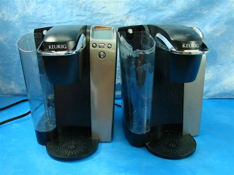 Lot 2 Keurig Model B70 Single Cup Coffee Makers Brewers Quirky Gifts For Coffee Lovers Station Margate Glenferrie Farmhouse Hotel Udon Thani Starbucks Spyhouse Uptown Parking Wall Decor