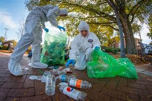 EcoReps dig into campus trash to promote sustainability ...