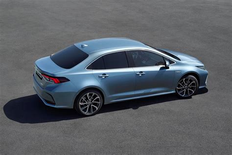 Toyota Corolla 2019 Uk by Details Toyota Corolla Saloon 2019 Parkers