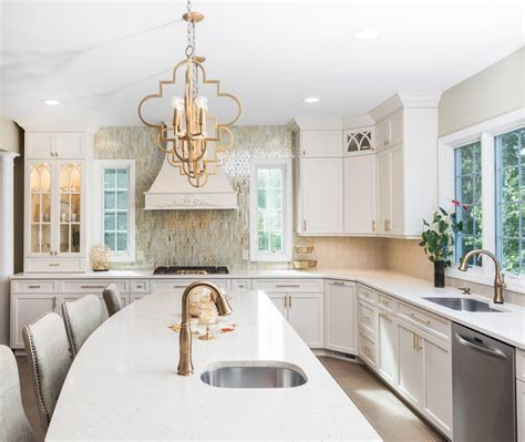 kitchen top cabinets it s a win with gold wall new jersey by design line kitchens 3374