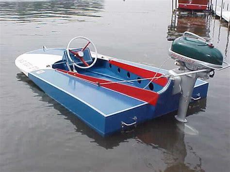 Minimax Boat Plans by Hydroplanes Minimax
