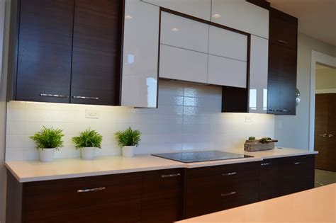 types of under cabinet lighting 5 types of under cabinet lighting pros cons 1000bulbs
