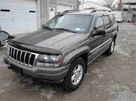 totaled jeep grand cherokee find used 2002 jeep grand cherokee laredo 4x4 suv salvage